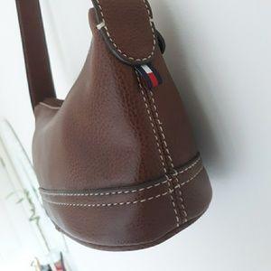 Tommy Halfiger mini leather purse